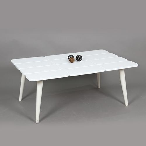 طاولة ضيافة لون أبيض بحواف متميزة - في الرياض فقط