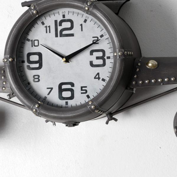 ساعة حائط انتيكة شكل طائرة