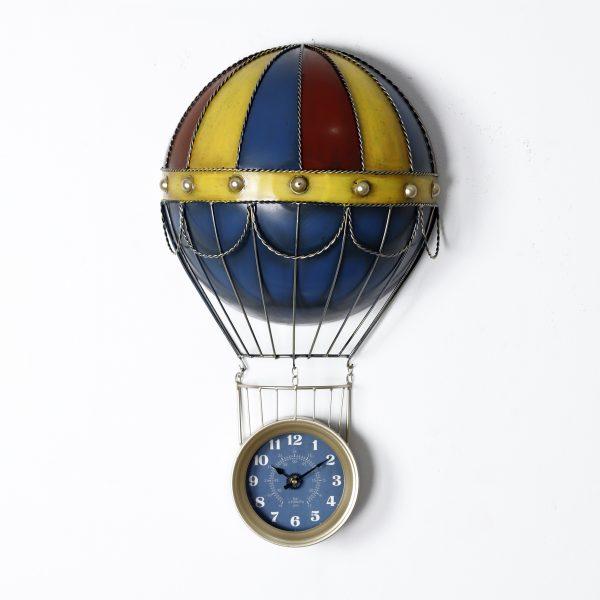 ساعة حائط أنتيكة موديل اير شيب شكل منطاد صناعة معدنية