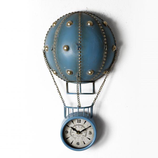 ساعة حائط أنتيكة موديل شيب اير شكل منطاد صناعة معدنية