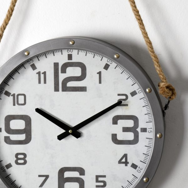 ساعة بحبل