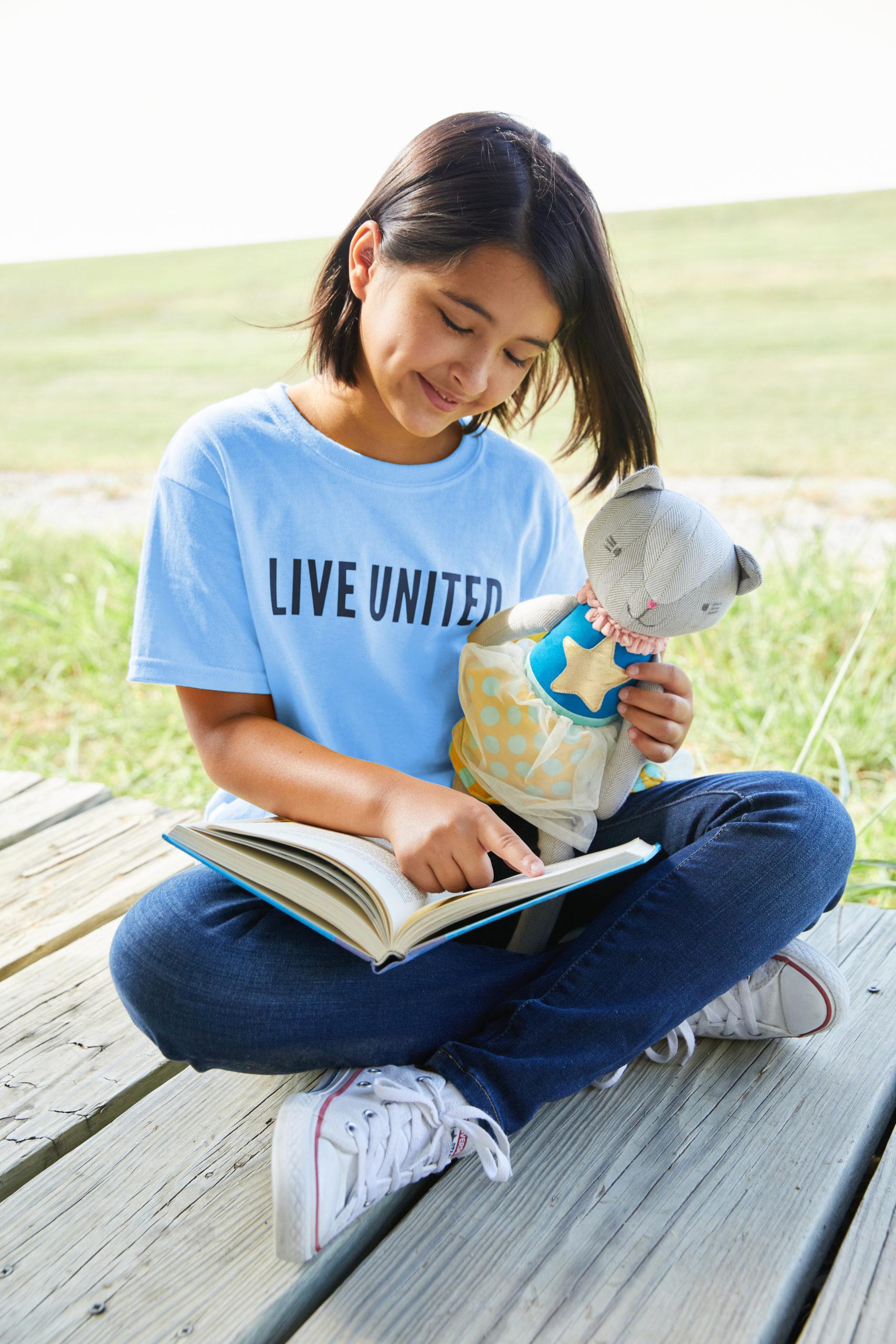 United-Way-Girl-Reading