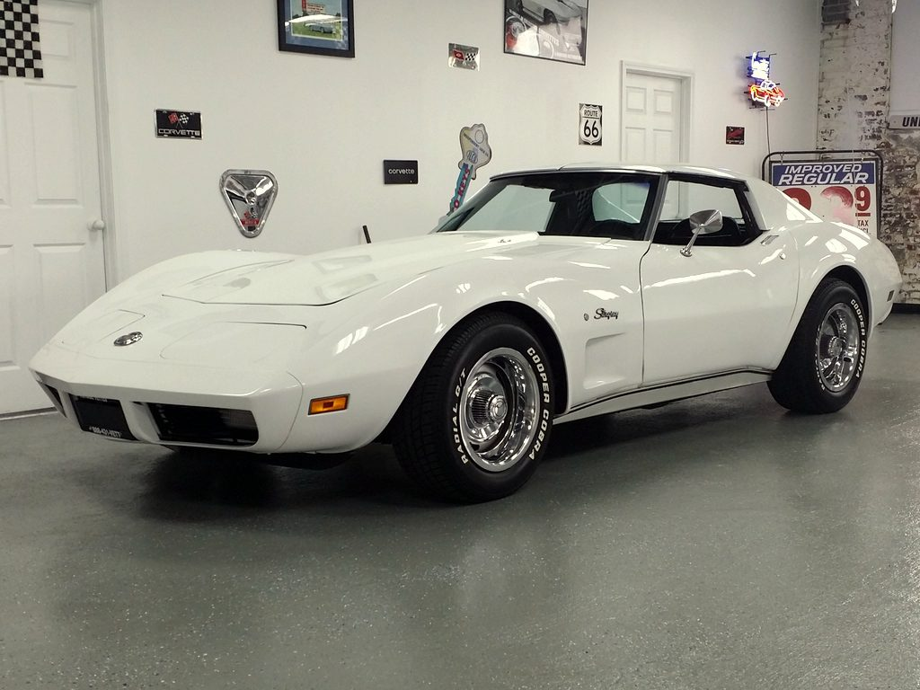 1974 Corvette CP White/Black - A/C Big Block 454ci SOLD !!