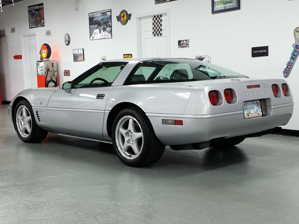 1996 corvette collectors edition 6spd 29k miles nice sold. Black Bedroom Furniture Sets. Home Design Ideas