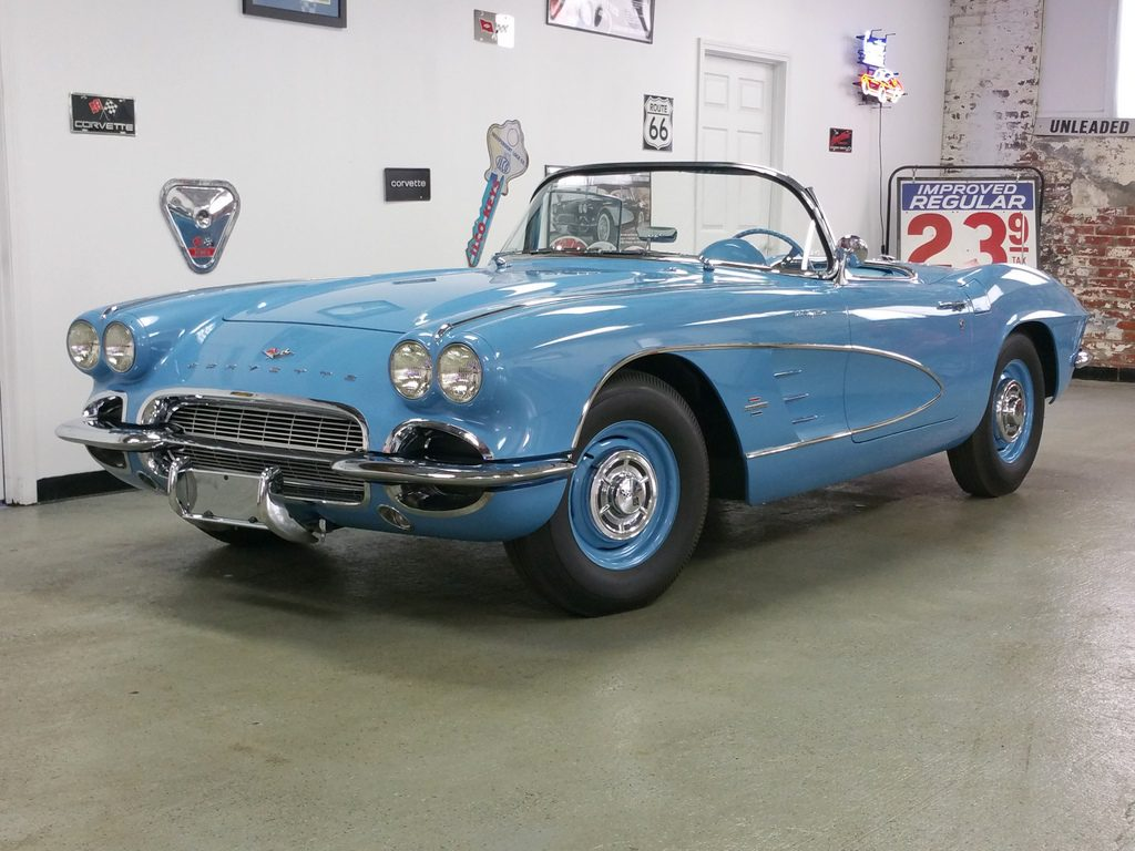 "1961 Jewel Blue/Blue 283/315hp ""FUEL INJECTED"""