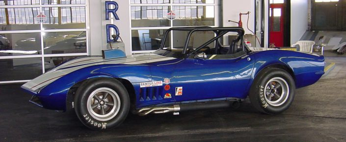 1968 Corvette  RACE CAR International Blue/Can-Am White Corvette