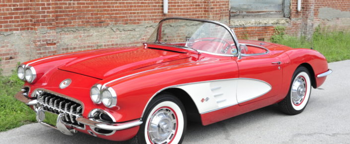 1960 Corvette Roman Red/red with white coves