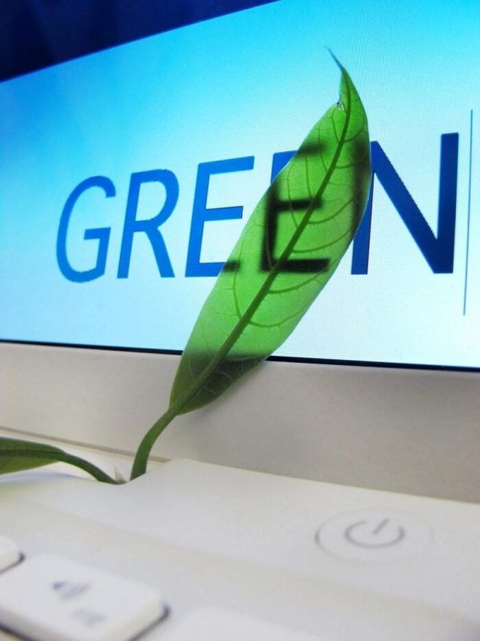 Best environmentall friendly web hosts: iPage, Green Geeks