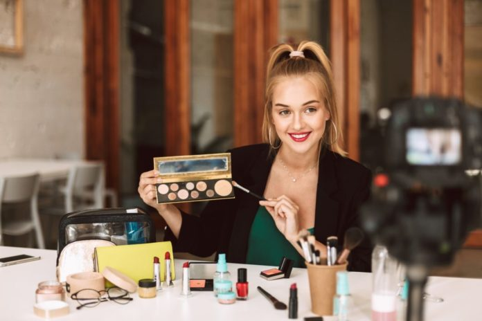 Thinking about starting a beauty blog? Here are ideas for your niche