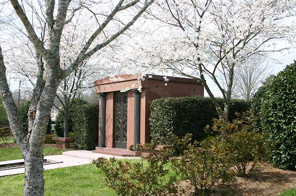 6 crypt walk-in mausoleum