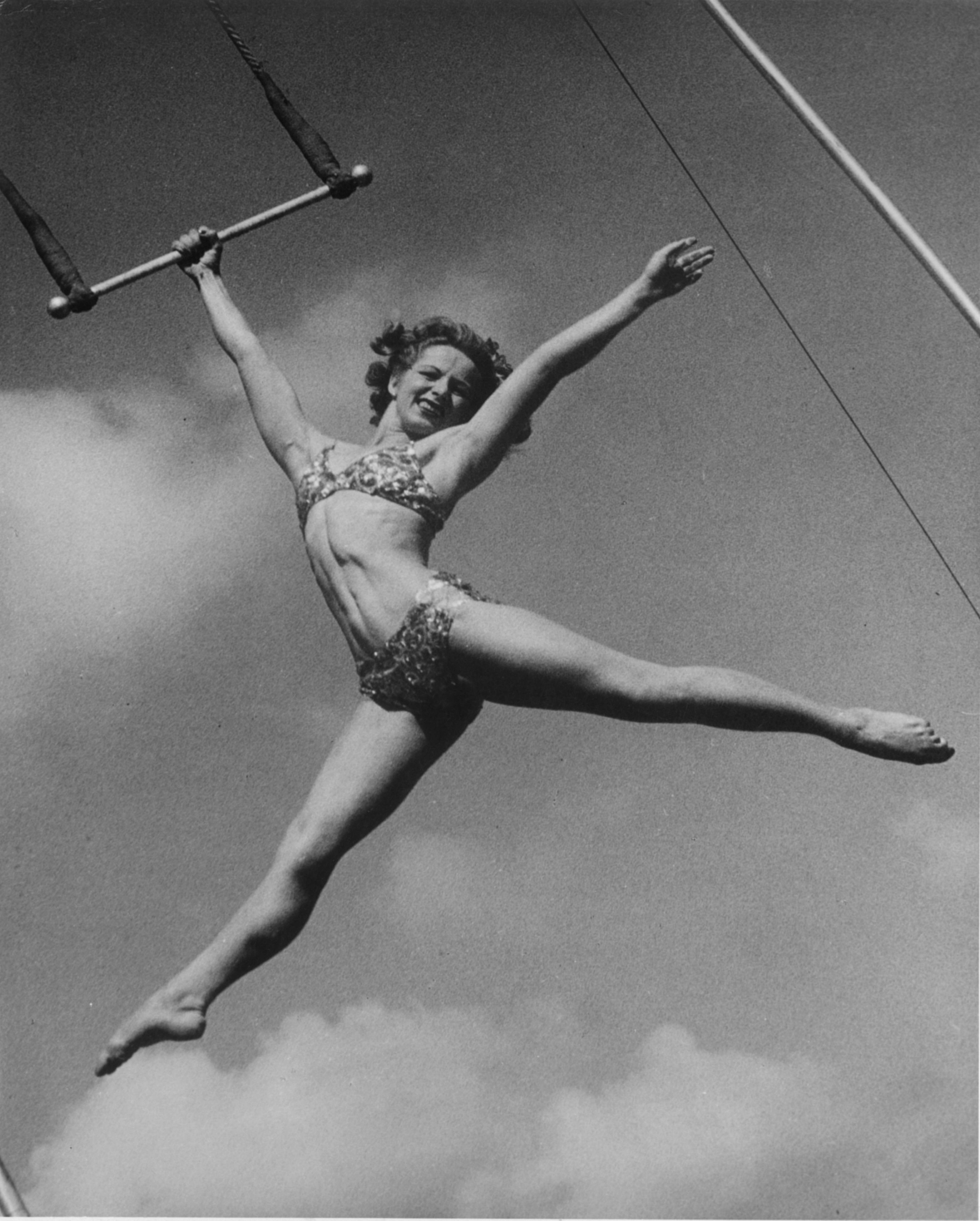 """""""La Norma"""" flies off her trapeze"""
