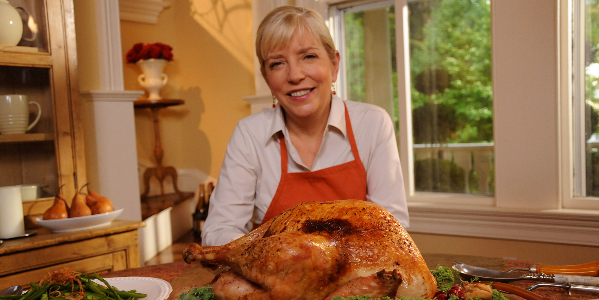 Chef, cookbook author and television personality Sara Moulton offers time-saving tips and techniques in her one-hour special Surviving Thanksgiving With Sara Moulton.