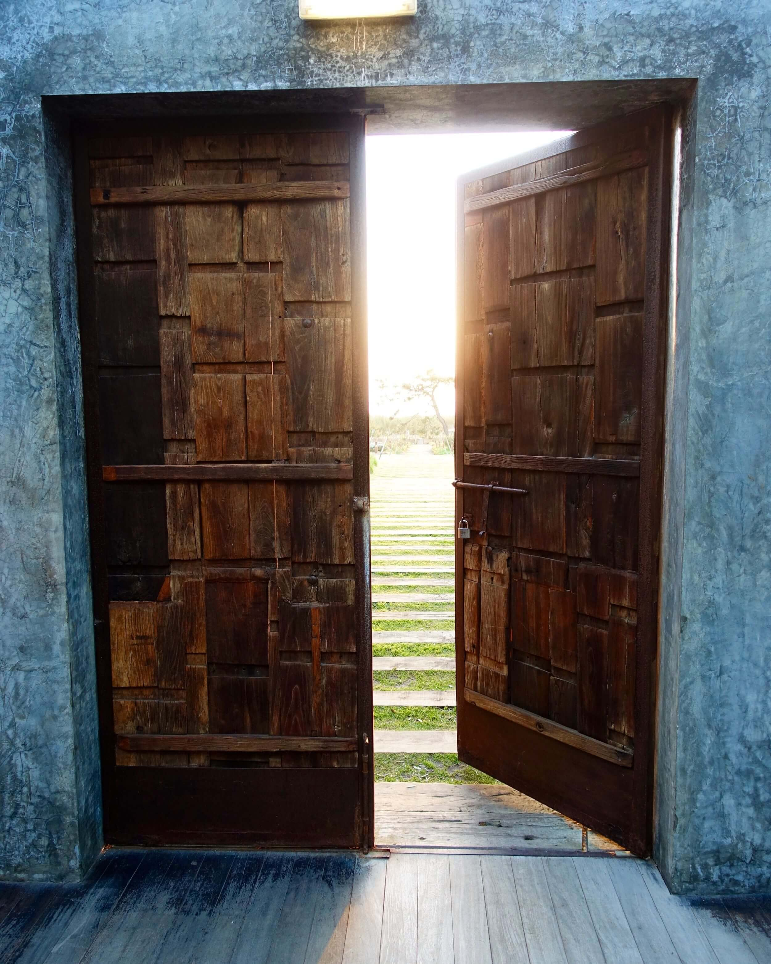 Areias do Seixo doors